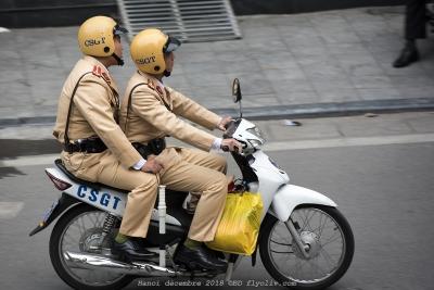 hanoi,police vietnam,olivier gomez photographe