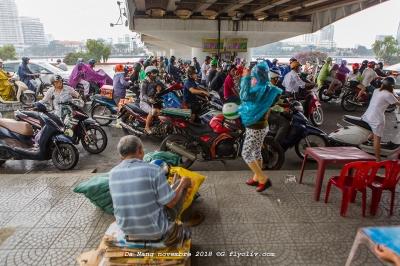 vietnam da nang hoi an mer pluie nuages motos plagebertrand daig