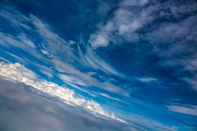 olivier gomez photographe corse ciel nuages avion hublot photo